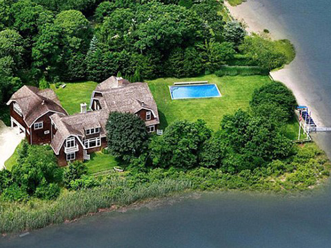 Kourtney Kardashian & Khloe Kardashian's Hamptons mansion