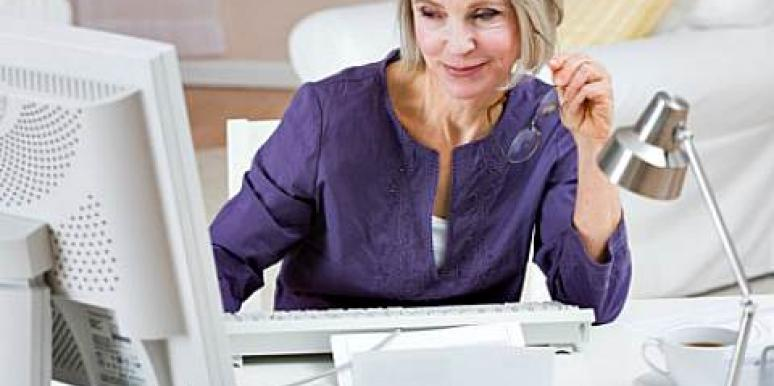 Single Over 50? Why You Should Try Online Dating [EXPERT]