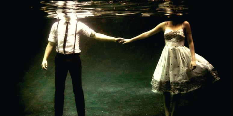 lovers under water