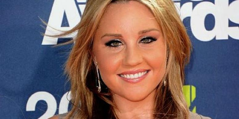 Parenting: Amanda Bynes' Mom Breaks Her Silence (Finally)