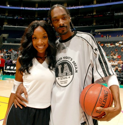 "<a href=""http://www.bet.com/celebrities/photos/2012/05/true-blood-stars-you-didn-t-know-were-related.html#!041912-celebs-relatives-snoop-dogg-brandy"">bet.com</a>"