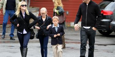 Reese Witherspoon, Jim Toth, Ava Phillippe & Deacon Phillippe