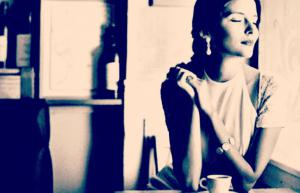 girl alone at coffee shop