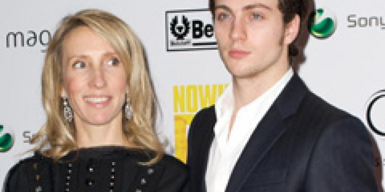 Kick-Ass aaron johnson engaged to a cougar
