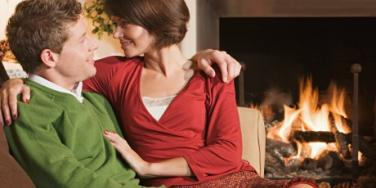 5 Ways To Reconnect With Your Spouse Before Valentine's Day