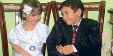 5 year old marries 3 year old in syria