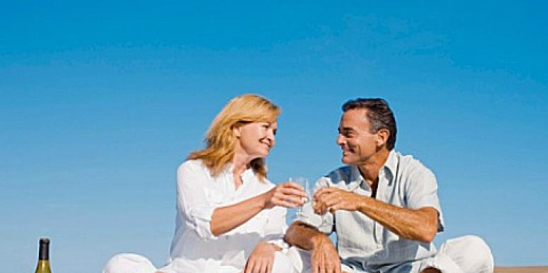 9 Benefits Of Dating Over 50 [EXPERT]