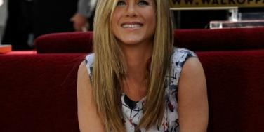 Jennifer Aniston smiling walk of fame