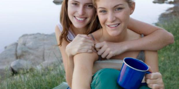 3 Surprising Dating Spots For Lesbians