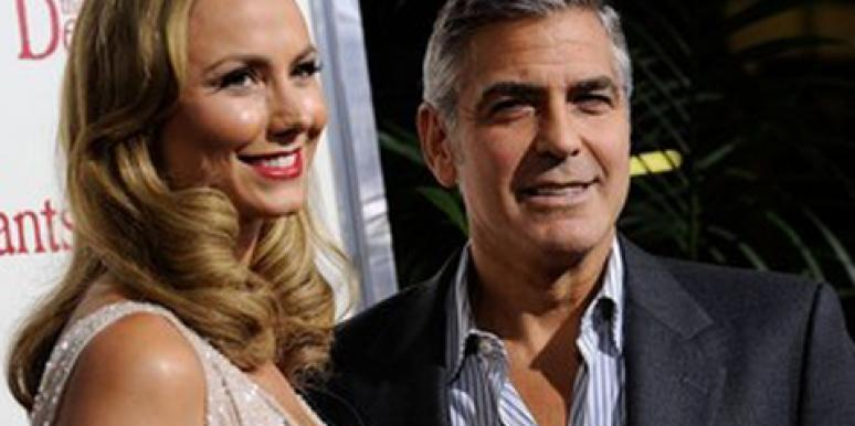 "George Clooney & Stacy Keibler Have A ""Touchy-Feely"" Dinner Date"