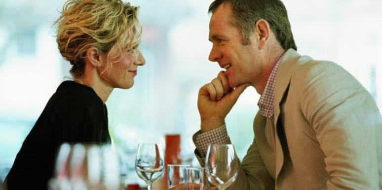 Dating: How to Tell if He is Ready For A Relationship