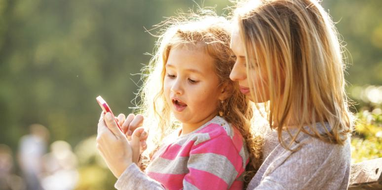 Why My iPhone Addiction Makes Me A Better Mom
