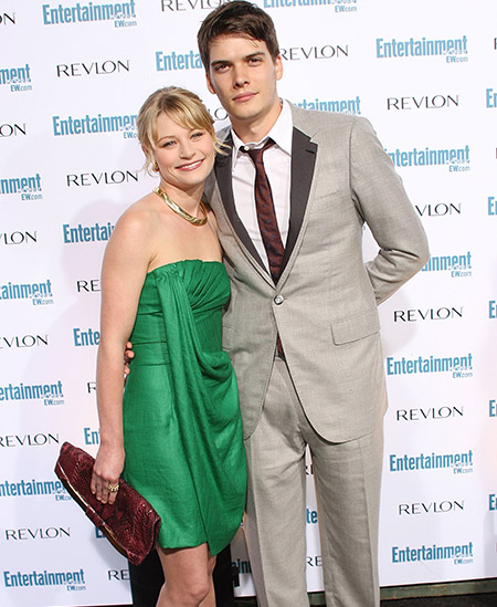 <i>Emilie de Ravin and Joshua Janowicz - Frederick M. Brown/Getty Images</i>