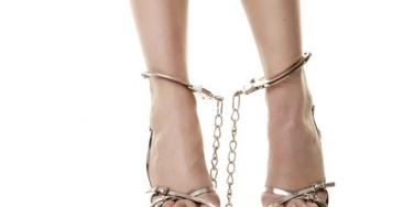 foot-shackles