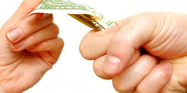 How To Stop Fighting With Your Spouse About Money [VIDEO]