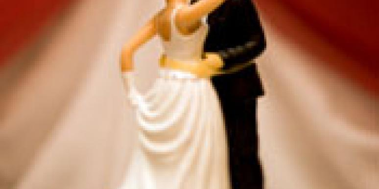 'Rules' Author Weds