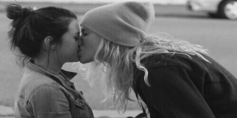 women kissing