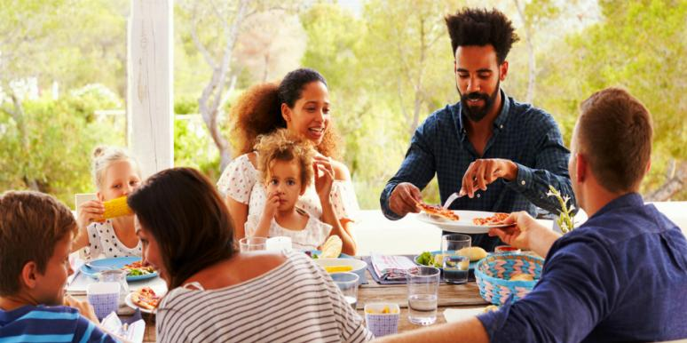 6 Ways To Blend With Family And In-Laws Without Losing Yourself