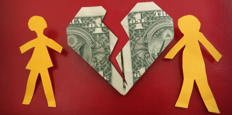 Relationship Questions: What To Do When Your Loving BF Is Broke
