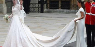 10 Stunning Royal Wedding Gowns