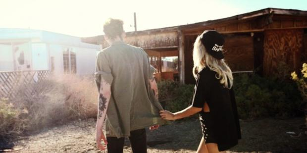 20 signs you're dating a loser