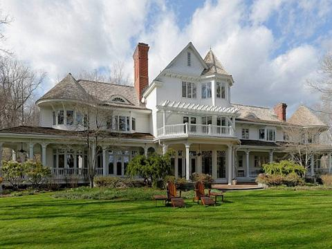Ron Howard's Greenwich, Connecticut mansion