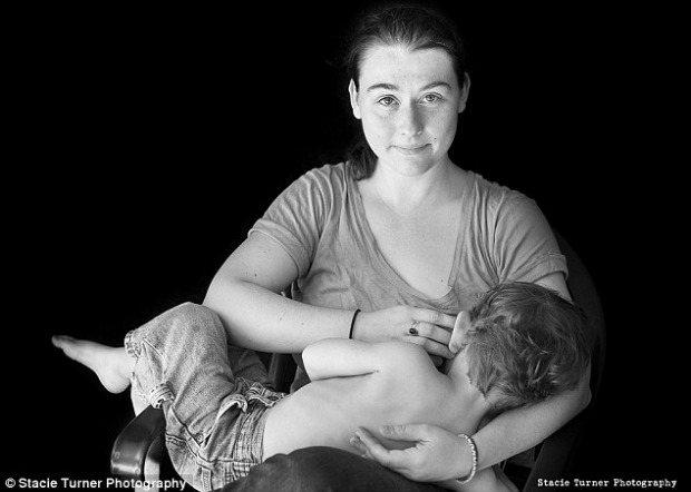 """<a href=""""http://www.dailymail.co.uk/femail/article-2647739/The-rise-breastfeeding-selfie-How-moms-breaking-social-media-rules-share-tender-moments-world.html#ixzz33gAeHP2z"""" target=""""_blank"""">dailymail.co.uk</a>"""