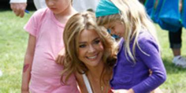 Denise Richards with her daughters.