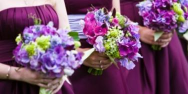 What Do Your Wedding Colors Say About You? [EXPERT]