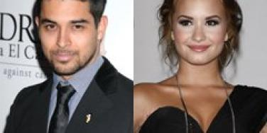 Wilmer Valderrama & Demi Lovato: Their Age Gap Broke Them Up!