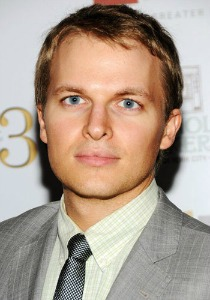 "<a href=""http://hollywoodlife.com/celeb/ronan-farrow/"">hollywoodlife.com</a>"