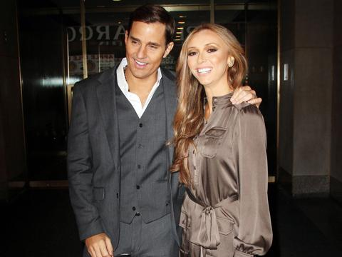 "<a href=""http://blogs.babble.com/famecrawler/files/2012/08/75686PCN_Guilianna15.jpg"">Bill & Giuliana Rancic</a>"