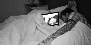 Long Distance Relationships Actually Help Increase Intimacy