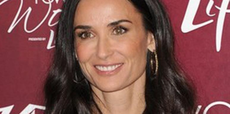 """Demi Moore Is Spotted Having Dinner With A """"Mystery Man"""""""