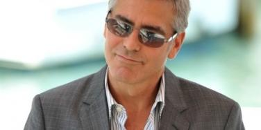 "Is George Clooney Lonely And Hollywood ""Poor""?"
